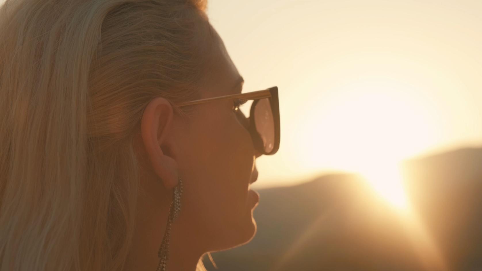 Light47 – Sunlight (Official Music Video)